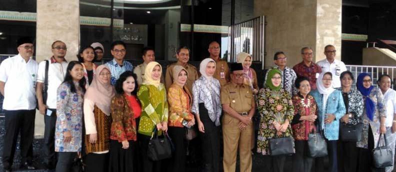 10_-_8_-_2018__Komisi_X_Apresiasi_Penggunaan_Muatan_Lokal_pada_Kurikulum_Pendidikan_Riau_.jpg