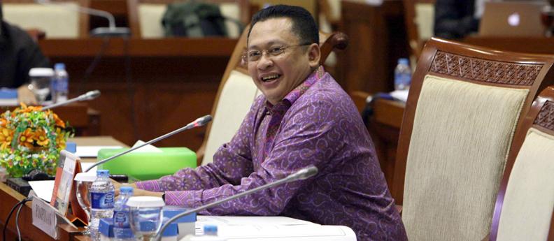 Kolom-Komentar-Bambang-Soesatyo.jpg